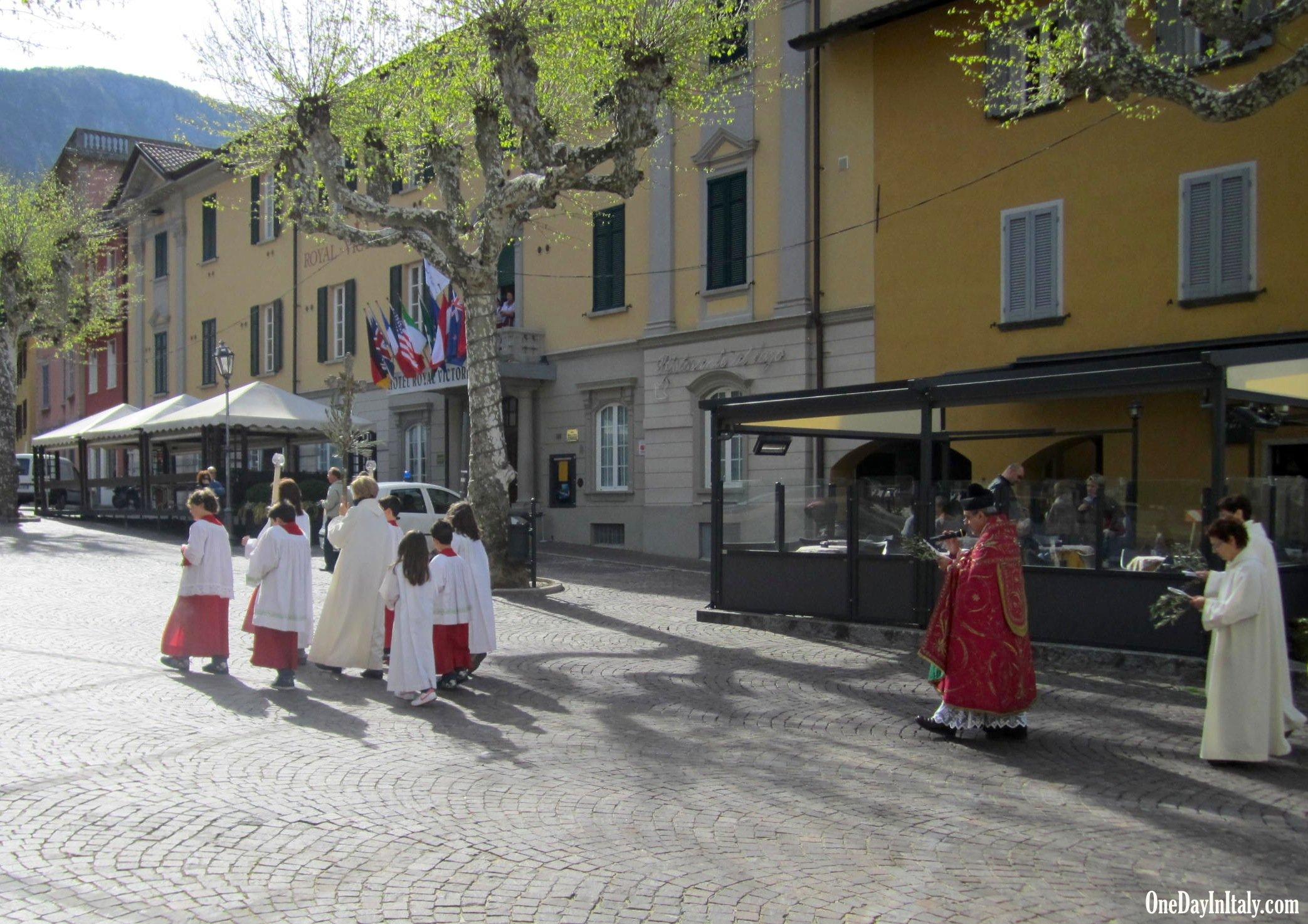 Varenna, Palm Sunday Procession in Piazza San Giorgio