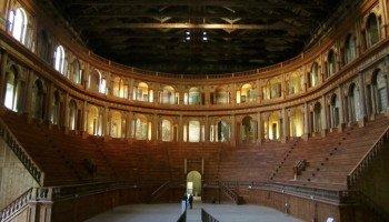 teatro farnese 8