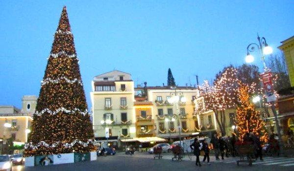 Sorrento-at-Christmas